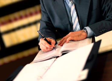 When to Hire a Spousal Support Lawyer
